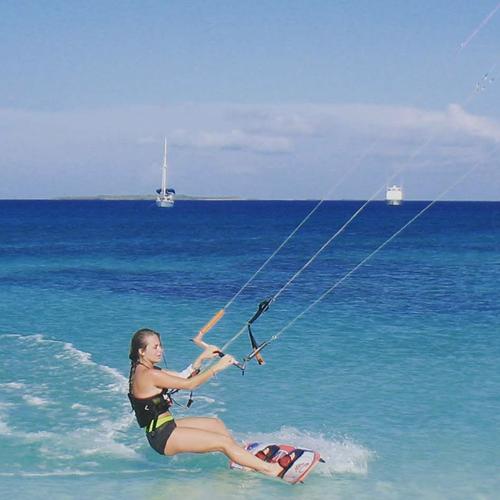 jen kitesurfing